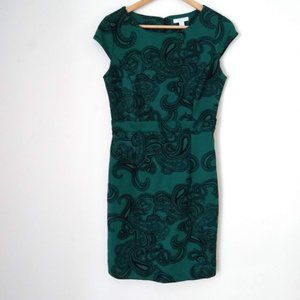 New York & Company Stretch Green Paisley Dress